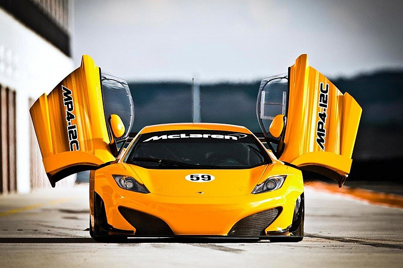 McLaren MP4-12C GT3 ready for action [video]