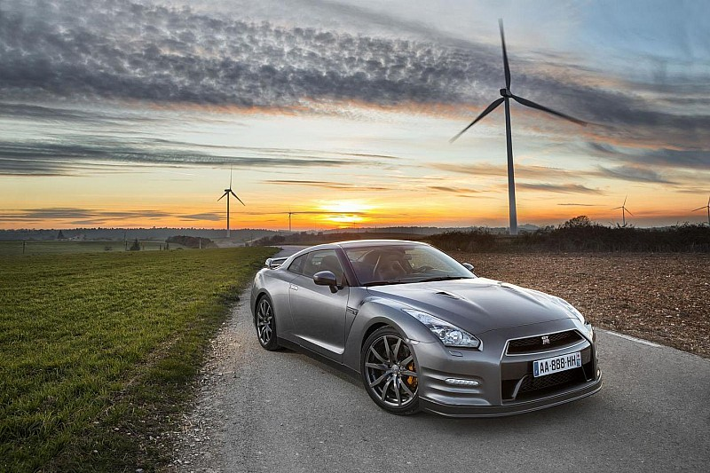 Nissan GT-R Gentleman Edition introduced in France