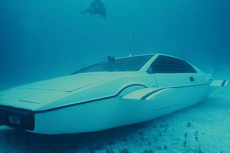 Lotus Esprit submarine from The Spy Who Loved Me up for auction