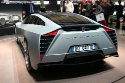Giugiaro Quaranta concept at Geneva