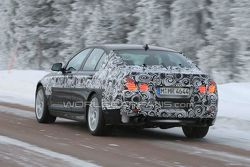 BMW M5 F10 Spied Winter Testing - 27.01.2010